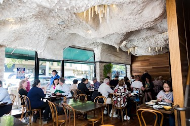 Thumbnail photo for Stalactites Restaurant